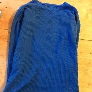 Lulu lemon long sleeved blue top